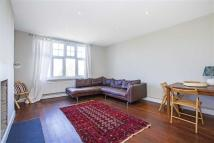 Apartment in Kings Avenue, Clapham