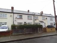 4 bed Apartment to rent in Spalding Road, London
