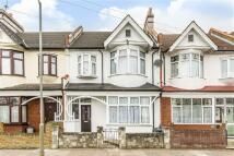 4 bedroom house in Nimrod Road, Furzedown...
