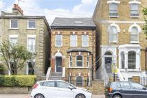 property to rent in Ramsden Road, London