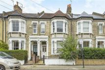 4 bed house in Rowfant Road, Balham