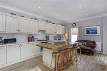 5 bedroom house for sale in Tooting Bec Road...