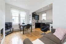 3 bed Apartment to rent in Cato Road, LONDON