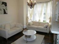 Apartment to rent in Gauden Road, Clapham