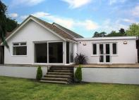 Bungalow in Buckfast, Devon