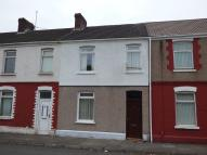 property to rent in 81 Sandfields Road, Aberavon, Port Talbot. SA12 6LS