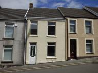 property to rent in 16 Lewis Road, Neath, West Glamorgan. SA11 1DX