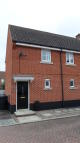 Flat to rent in PETERSFIELD CLOSE...