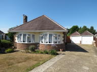 3 bed Detached Bungalow in Longbarrow Close