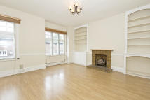 Lurline Gardens Flat to rent