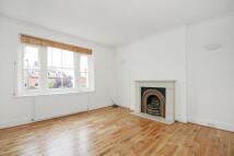 2 bedroom Flat in WEST HILL ROAD, London...