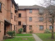 Flat in Vicarage Way Colnbrook