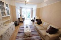 Shaftesbury Avenue Apartment to rent