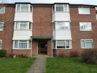 Ground Flat to rent in Kingswood Close...