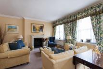 3 bed Flat for sale in Clarence Gate Gardens...
