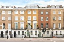 5 bed home in Park Road, London