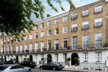 Flat for sale in Tennyson Court...