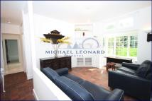 2 bed Flat to rent in Heathfield Park...