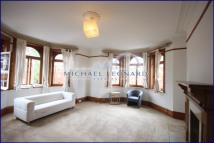 4 bedroom Flat in St Marys Mansions...