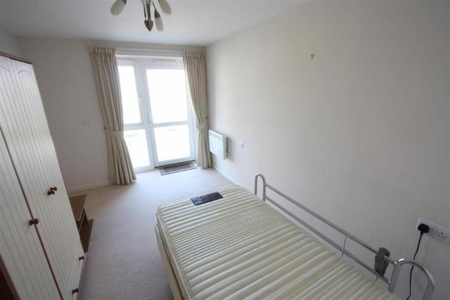 Marina Court - Bed 2