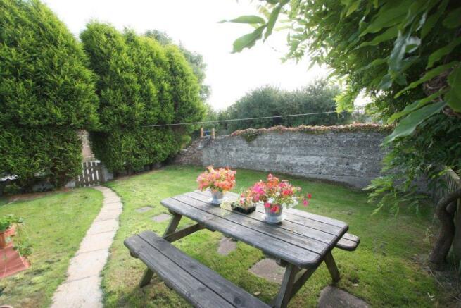 Leghorn Cottage 2