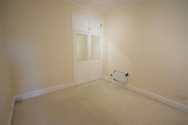 Flat 1, 13 Edgcumbe Avenue Bedroom