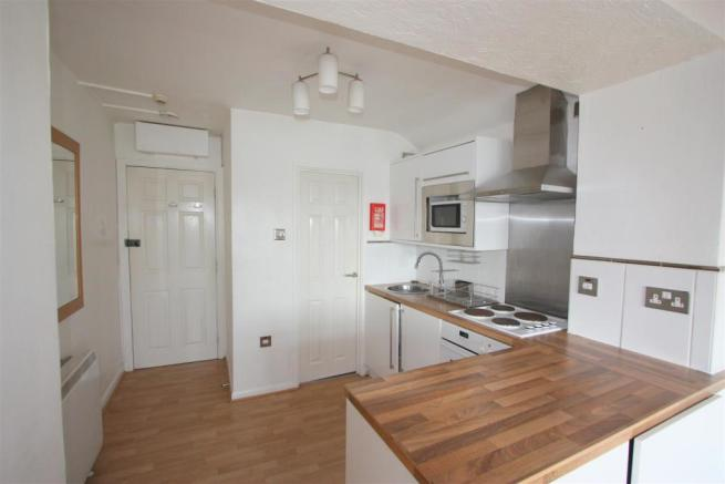Flat 3, 1 Trenance Road Kitchen