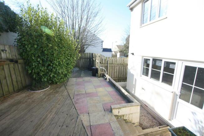 28 Grovewood Court Garden