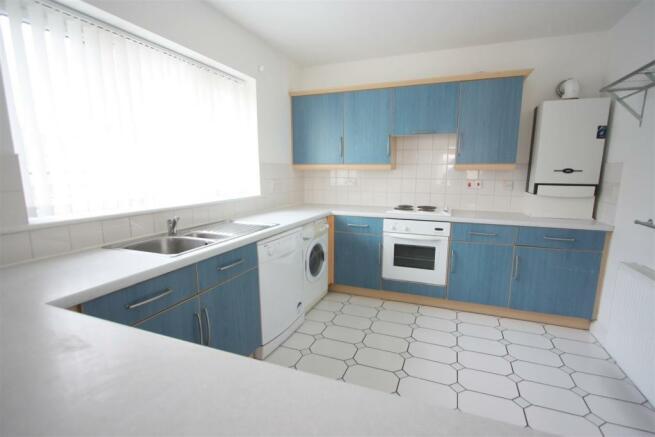 17 Harvest Moon Apartments Kitchen