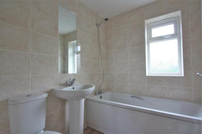 The Wendy House Bathroom.JPG
