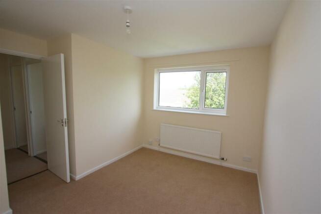 100 Calshot Close Bedroom 1
