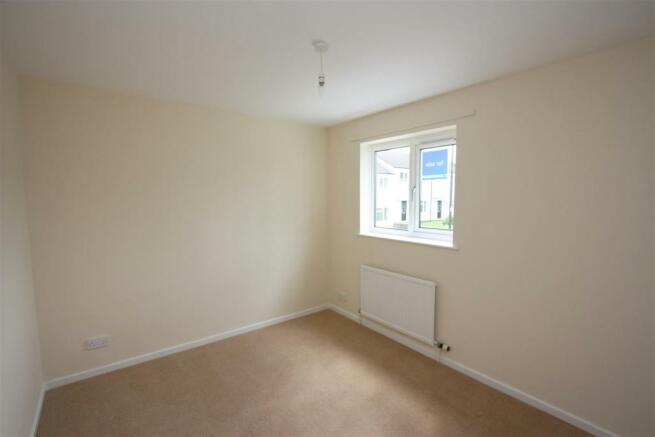 100 Calshot Close Bedroom 2