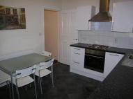 Duplex to rent in Glossop Road...
