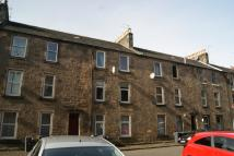 Flat to rent in  13c Bruce Street...