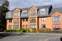 2 bed Flat to rent in   Monument Court...