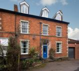 2 bed Apartment in Worcester Road, Malvern