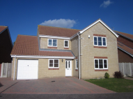 Detached house to rent in Mackenzie Close...