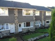 Town House to rent in Woodlands Close...