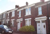 2 bedroom Apartment to rent in Rayleigh Grove, Gateshead
