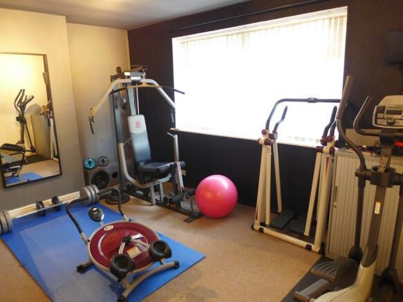 Family Room / Gymnas