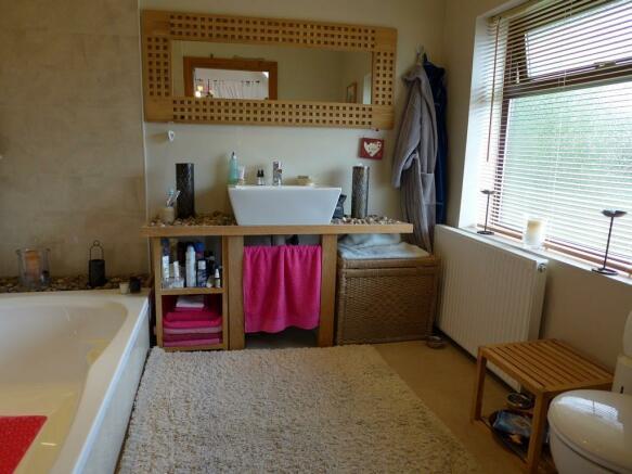 Luxury En Suite Bath
