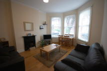 2 bed Ground Flat to rent in Hampden Road, London, N8