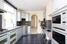 3 bed Terraced home to rent in Beechfield Road, London...