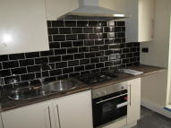 Flat to rent in Reedham Close Tottenham...
