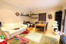 Flat to rent in Palmerston Road Bowes...