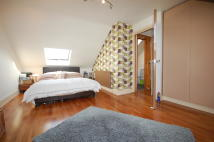 1 bed Flat to rent in Hardwicke Road Bowes...