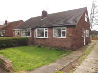 Bungalow to rent in Gainsborough Road...