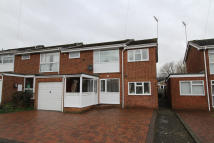 4 bed semi detached home to rent in Brooke Road, Banbury...