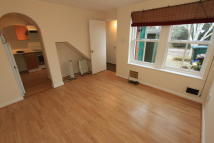 1 bedroom Terraced home to rent in Waltham Gardens, Banbury...