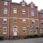 2 bed Ground Flat to rent in Marlborough Road...